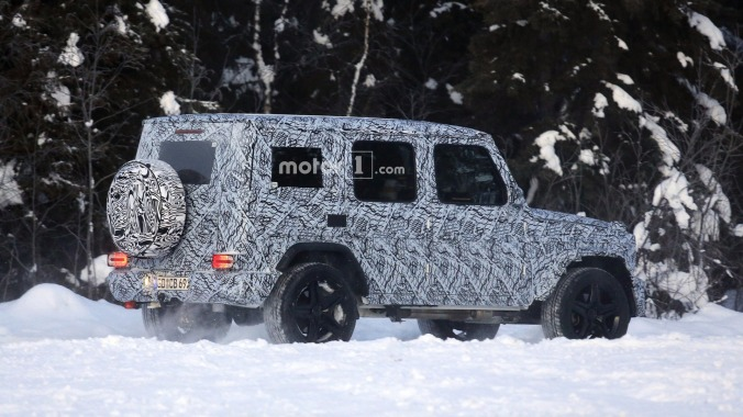 2018-mercedes-g-class-and-g63-spy-photo-2