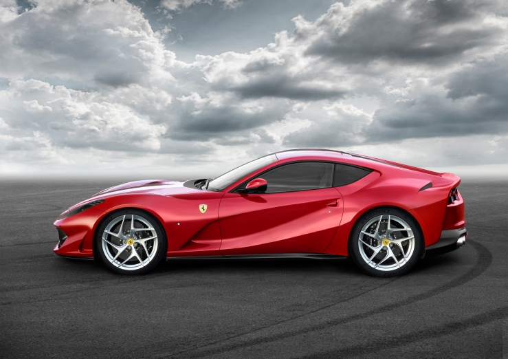 1700343-car_812superfast