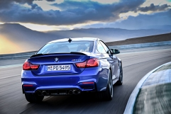 P90251040_highRes_the-new-bmw-m4-cs-04
