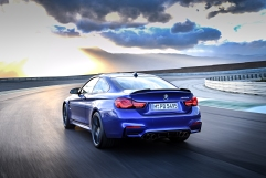 P90251042_highRes_the-new-bmw-m4-cs-04